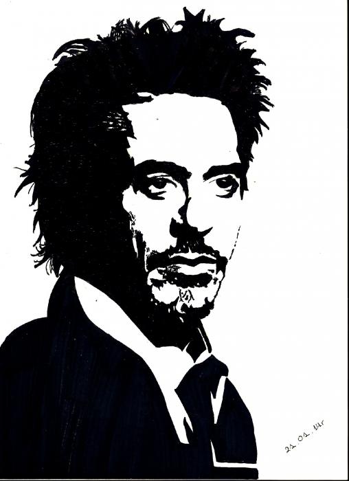 Robert Downey Jr by Paulinaa18